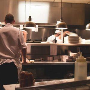 Restaurateurs, Hôteliers, vous embauchez ? Pensez à la DPAE !